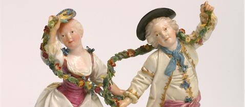 Dépendance Kronberger Haus - Paar mit Girlanden