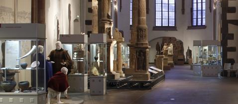 Römische Abteilung im Kirchenlangschiff © Archäologisches Museum Frankfurt